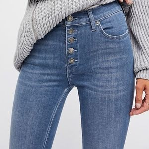 FREE PEOPLE Reagan Button Front Jeans Sz 26